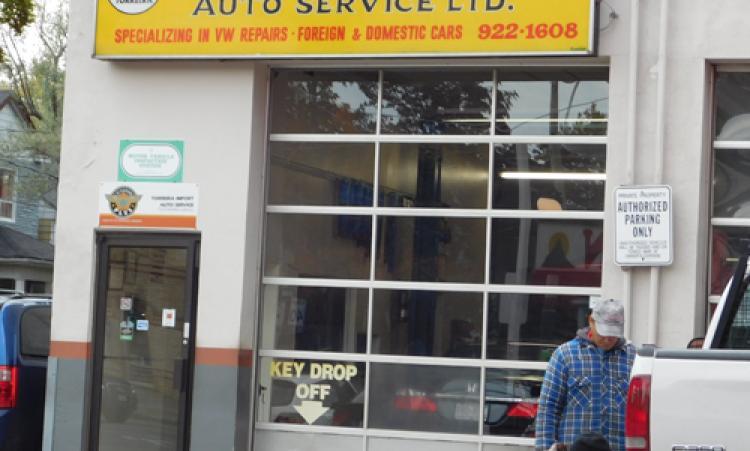 picture of Torreira Import Auto Service garage
